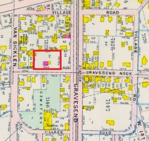 Map of the Gravesend village square showing in red the location of Lady Moody's house lot in 1907.